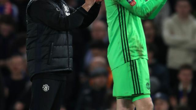 Jose Mourinho tells Real Madrid that David de Gea is not for sale