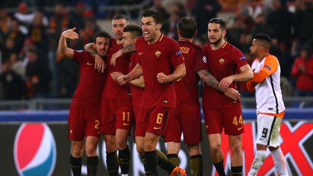 Dzeko strikes to send Roma through