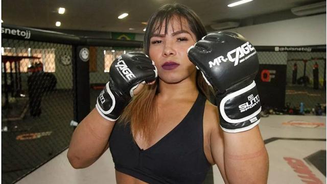 Женщина-трансгендер впервые в истории выиграла бой у мужчины в ММА