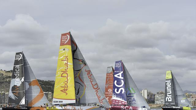 Harter Dreikampf zum Auftakt des Volvo Ocean Race