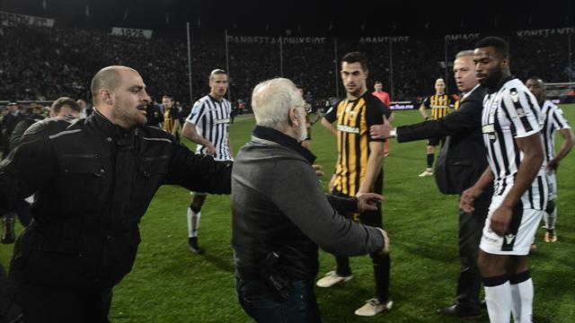 """""""Grexit nicht mehr fern"""": FIFA droht griechischen Klubs mit Ausschluss"""