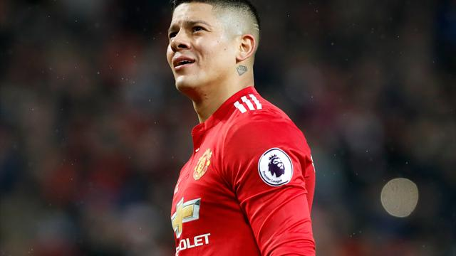 Marcos Rojo: Manchester United defender signs new contract until 2021
