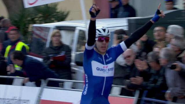 Watch Hodeg's powerful sprint win in Volta a Catalunya