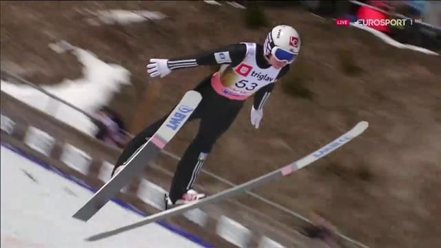 Johann Andre Forfang vince a Planica saltando 241 metri