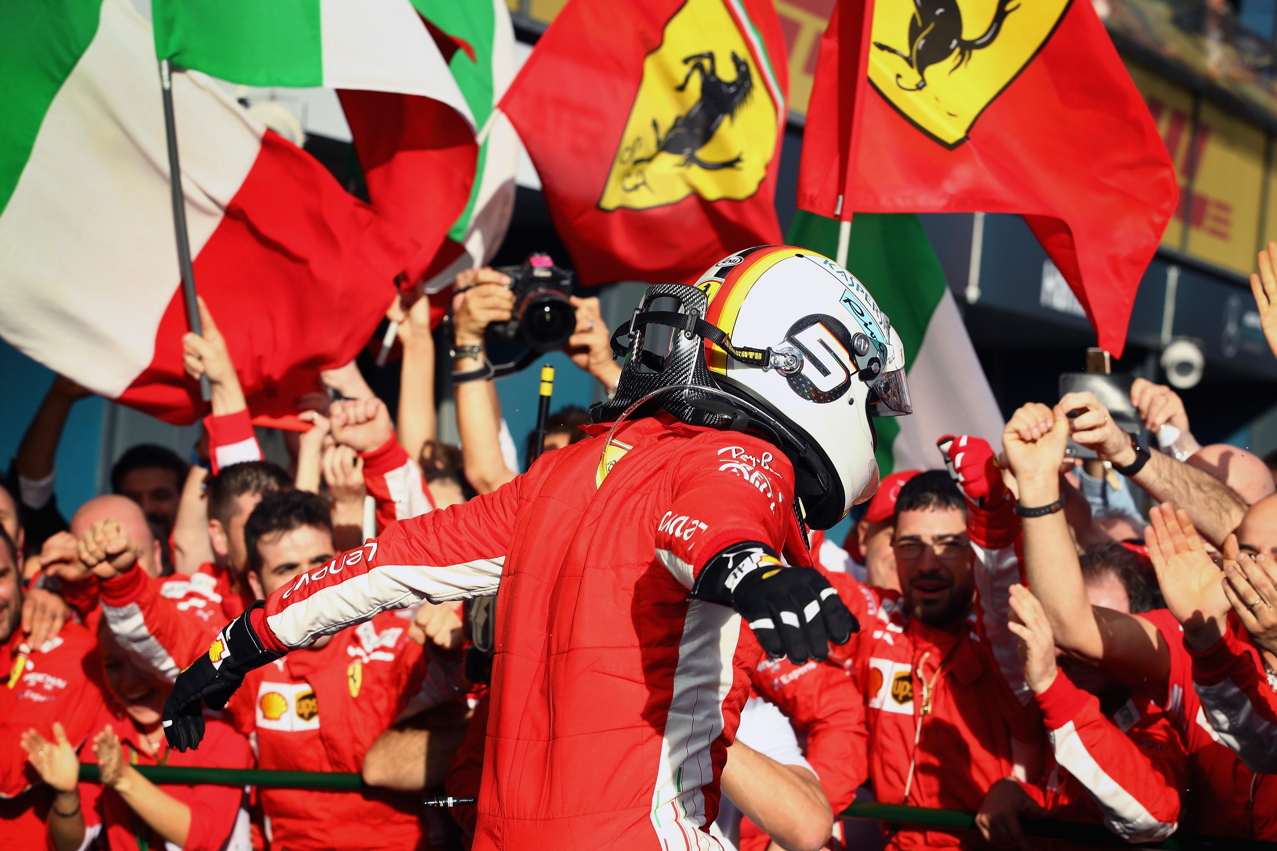 GP d'Australie: Hamilton dominateur en essais libres, Vandoorne 10e