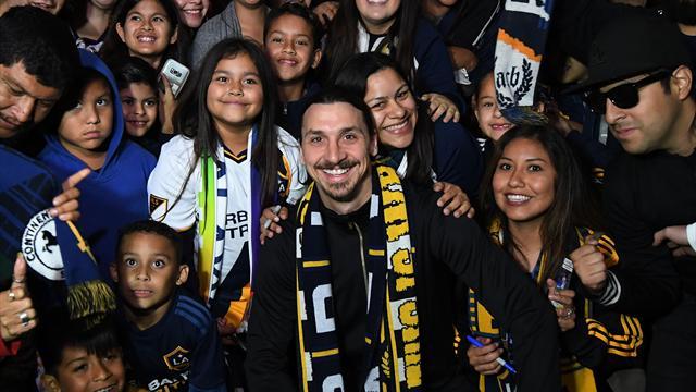 Los Angeles ha un nuovo Re, tifosi in delirio per Ibrahimovic
