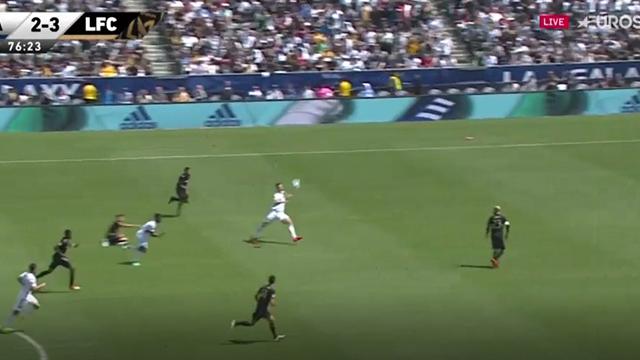 Premier tir, premier but complètement dingue de Zlatan !