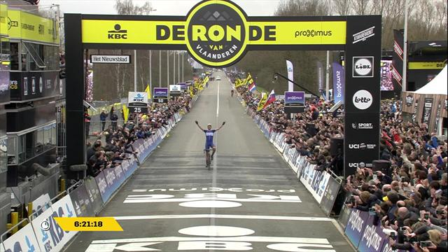 Terpstra adds Flanders to Paris-Roubaix in style