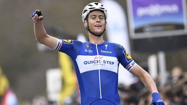 Nibali ci prova ma Terpstra è un fenomeno: suo il Giro delle Fiandre, ancora ko Sagan