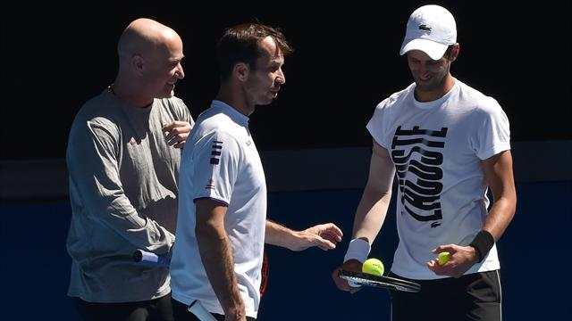 Djokovic splits with coach Stepanek after parting with Agassi