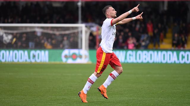 Il Benevento annichilisce un pessimo Verona: Letizia e doppio Diabatè, netto 3-0 al Vigorito