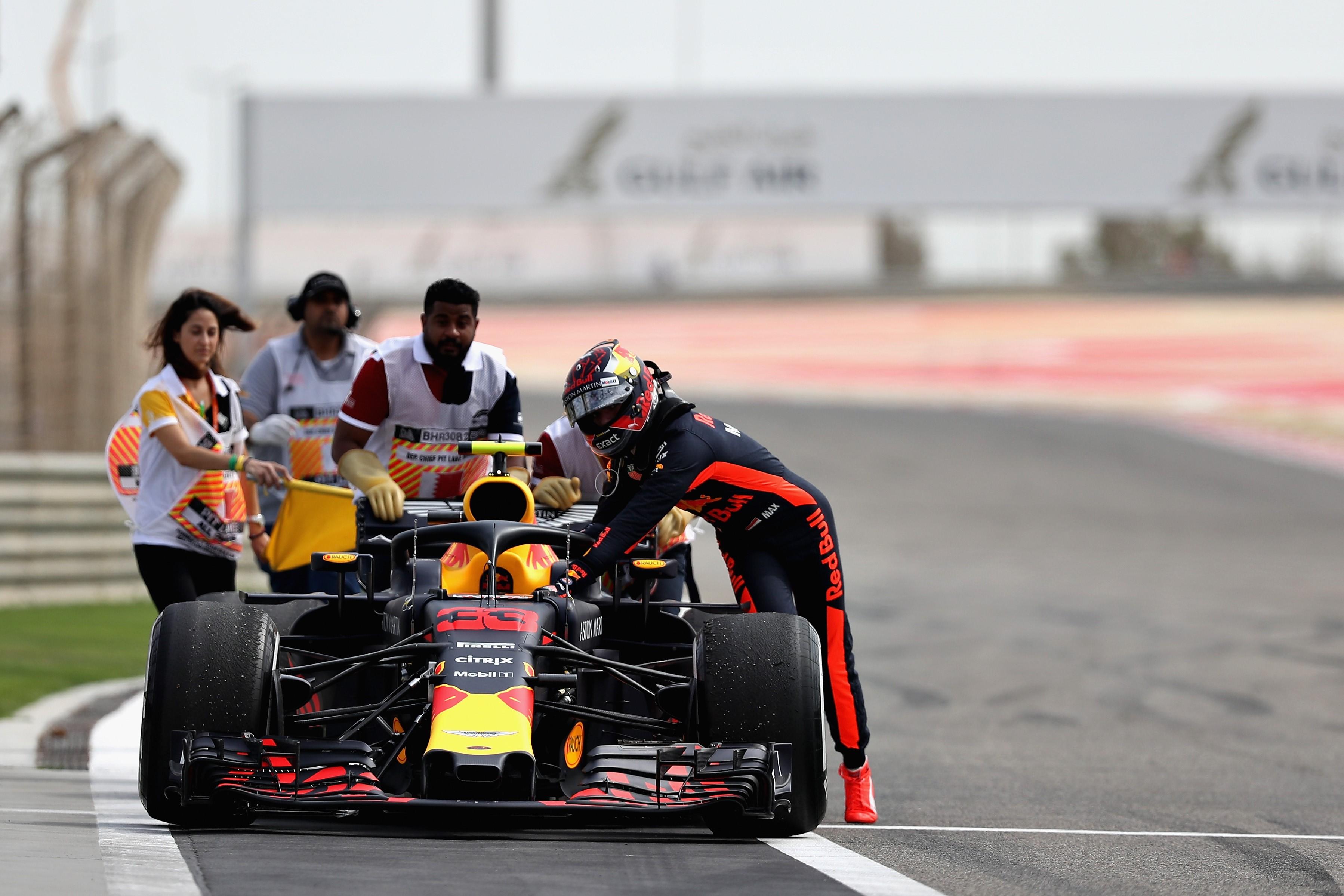 Max Verstappen (Red Bull) lors des essais libres 1 au Grand Prix de Bahreïn 2018
