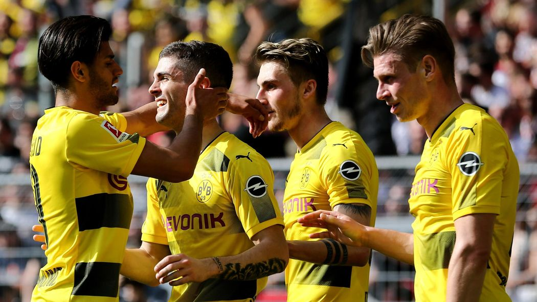 Borussia Dortmund Bayer Leverkusen Jetzt Live Im Tv Und Im