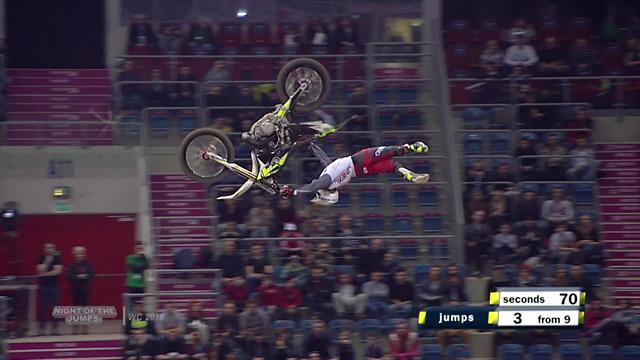Motorcycling: Night of the Jumps