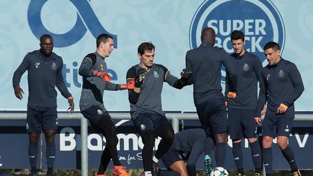 Decide Héctor Herrera clásico portugués con golazo