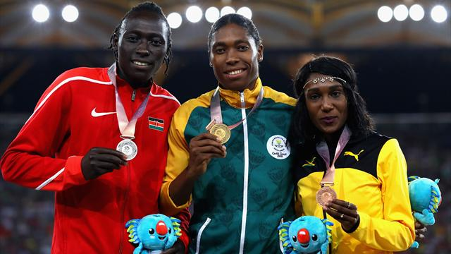 Caster cruises to gold in the 800m