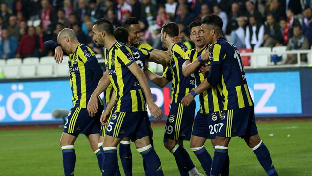 Fenerbahçe – Benfica, l'affiche du 3e tour préliminaire