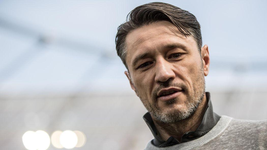 Witziges T Shirt Eintracht Fans Machen Sich Uber Nico Kovac