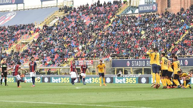 Serie A, i risultati delle 15: Verona ko a Bologna, pari Sassuolo-Benevento