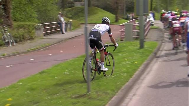 'A bit of cyclo-cross!' - Matthews cuts across banking in Amstel Gold Race
