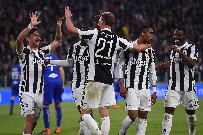 Benedikt Höwedes célèbre son but face la Sampdoria