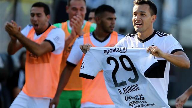 El Olimpia vuela en el torneo de fútbol en Paraguay y se aleja del Nacional