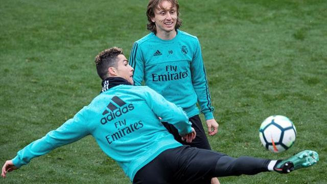 Modric se entrena con normalidad, Nacho se ejercita ya en césped
