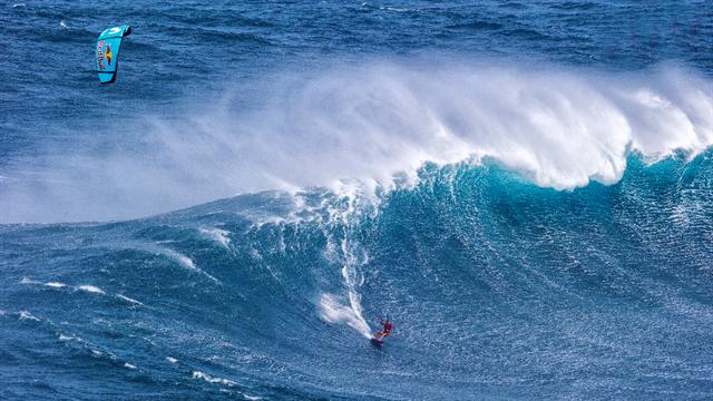 Jaws, la espectacular ola que ha sufreado Gisela Pulido en el Big Wave Challenge
