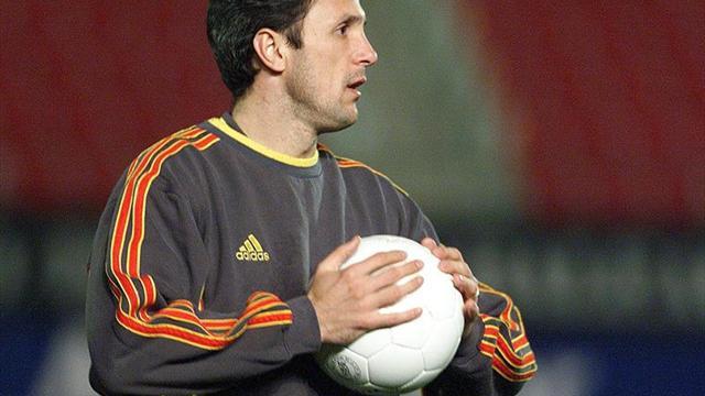 Popescu anuncia un partido de leyendas del Barca y la Generación de Oro rumana