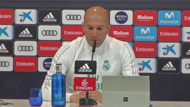 """33e j. - Zidane: """"J'ai la chance d'être dans un grand club"""""""