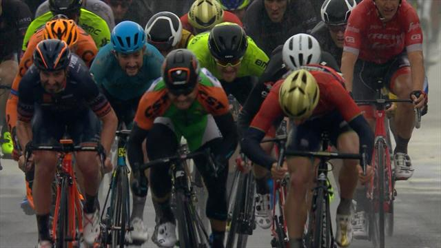 Tour de Croacia: Bonifazio estrena el liderato con victoria al esprint y un espectacular derrape