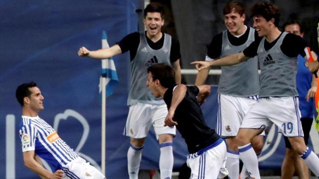 Manuel Iturra jugó en triunfo del descendido Málaga — Por el honor