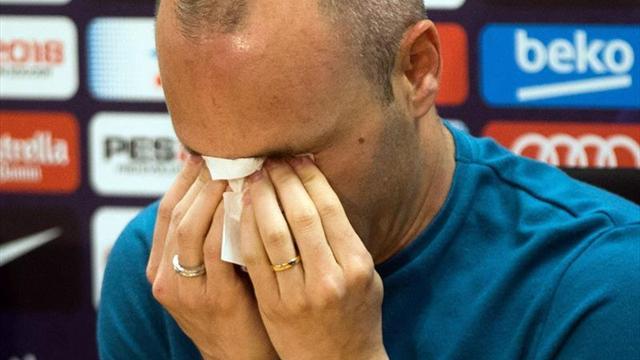 Iniesta, entre lagrimas: