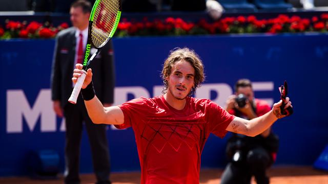 Teenager Tsitsipas stages another upset to reach Barcelona final