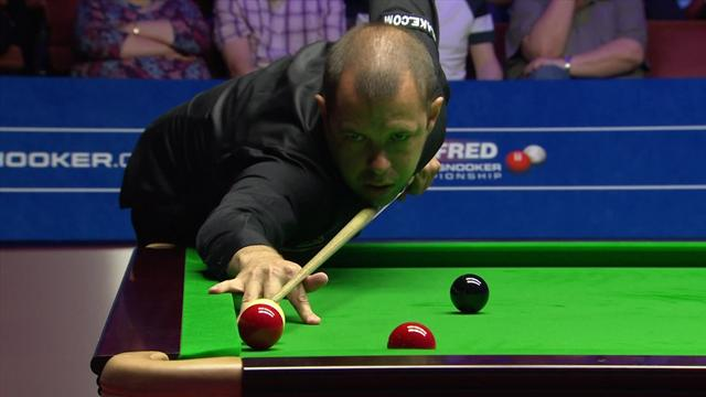 'It's getting nervy' – Hawkins forgets to add power to shot