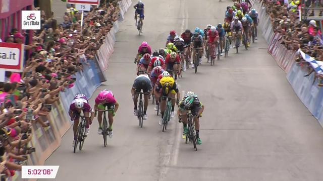 Вивьяни живет вчерашним днем: он опять выиграл на финише этапа