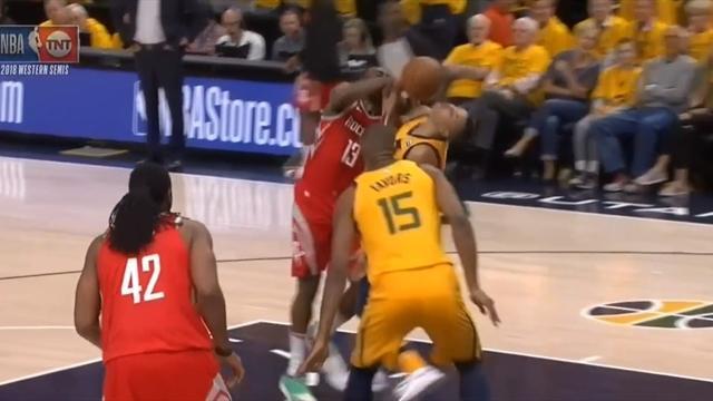 «Хьюстон» победил «Юту» иувеличил преимущество всерии плей-офф НБА