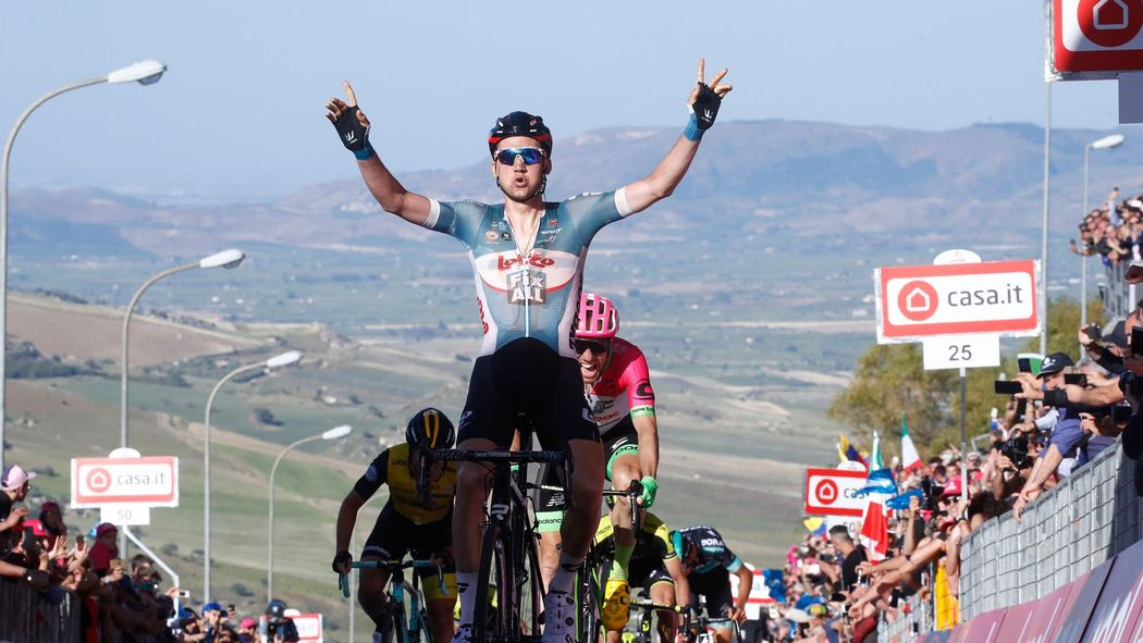 00f8f3fd4839 Giro d Italia 2018  Tim Wellens climbs to Stage 4 win as Chris Froome loses  time
