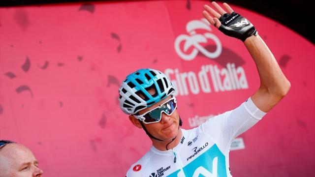 Grave incidente al Giro d'Italia: ferito un motociclista