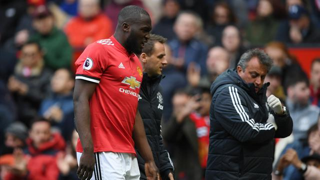 FA Cup final: Mourinho and Conte face striker conundrum