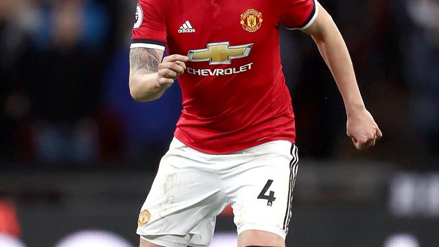 Michael Carrick keen to learn from Jose Mourinho after retirement