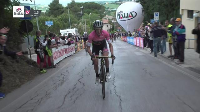 Йейтс рванул за полтора километра до финиша на крутом участке и не подпустил никого к первой строчке