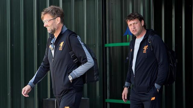 El Liverpool ya está en Málaga con la vista en Kiev