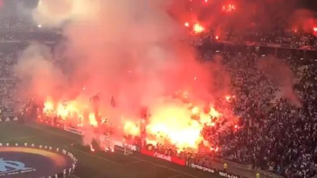 Фанаты «Марселя» привезли в Лион тонну пиротехники и зажгли как в последний раз