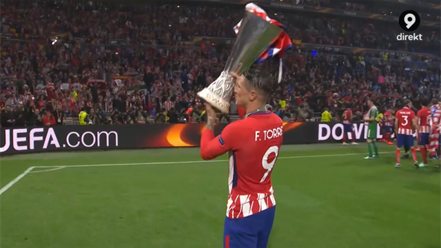 Atlético-supportrarna firar med Torres