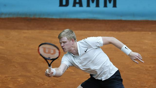 Kyle Edmund sweeps aside Lucas Pouille to reach Italian Open third round