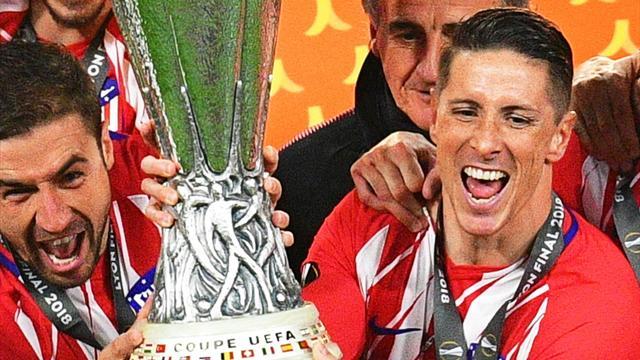 La imagen soñada: Torres levantó (con Gabi) su primer trofeo con el Atlético de Madrid