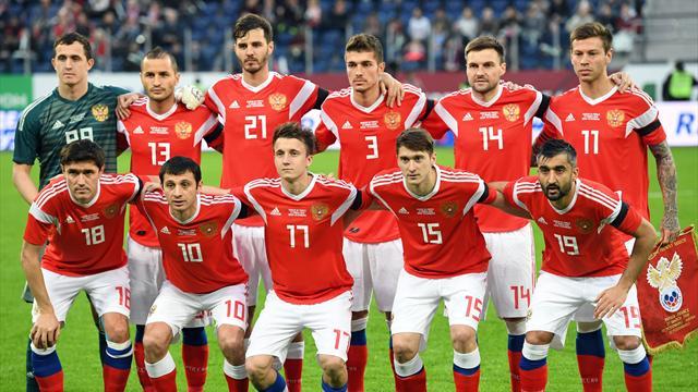 Сборная России осталась 66-й в рейтинге ФИФА и уступает даже Буркина-Фасо с Кабо-Верде
