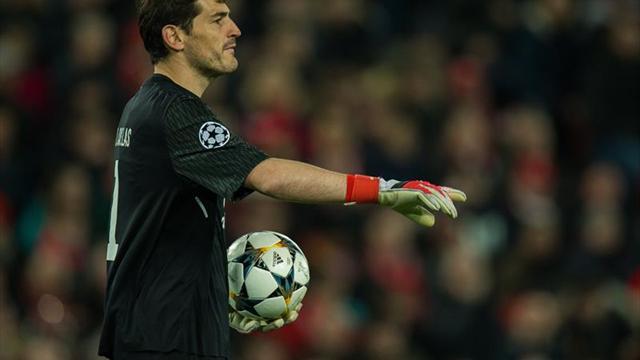 Casillas reduce su salario para quedarse en el Oporto, según la prensa lusa
