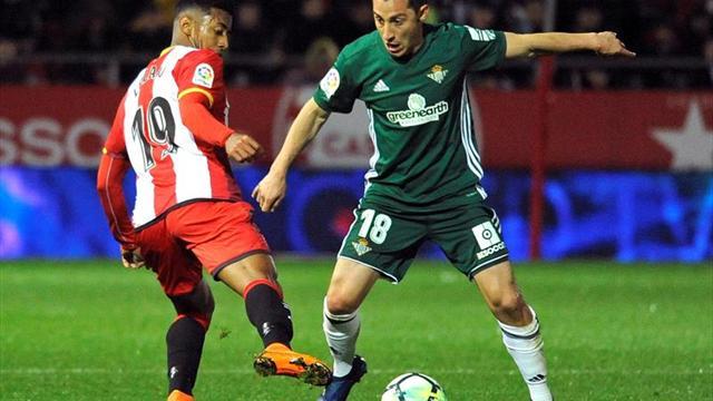 Andrés Guardado sufre un problema en su nervio peroneo